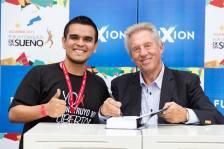 Con John Maxwell http://EnriqueReanio.com | Enrique Reaño
